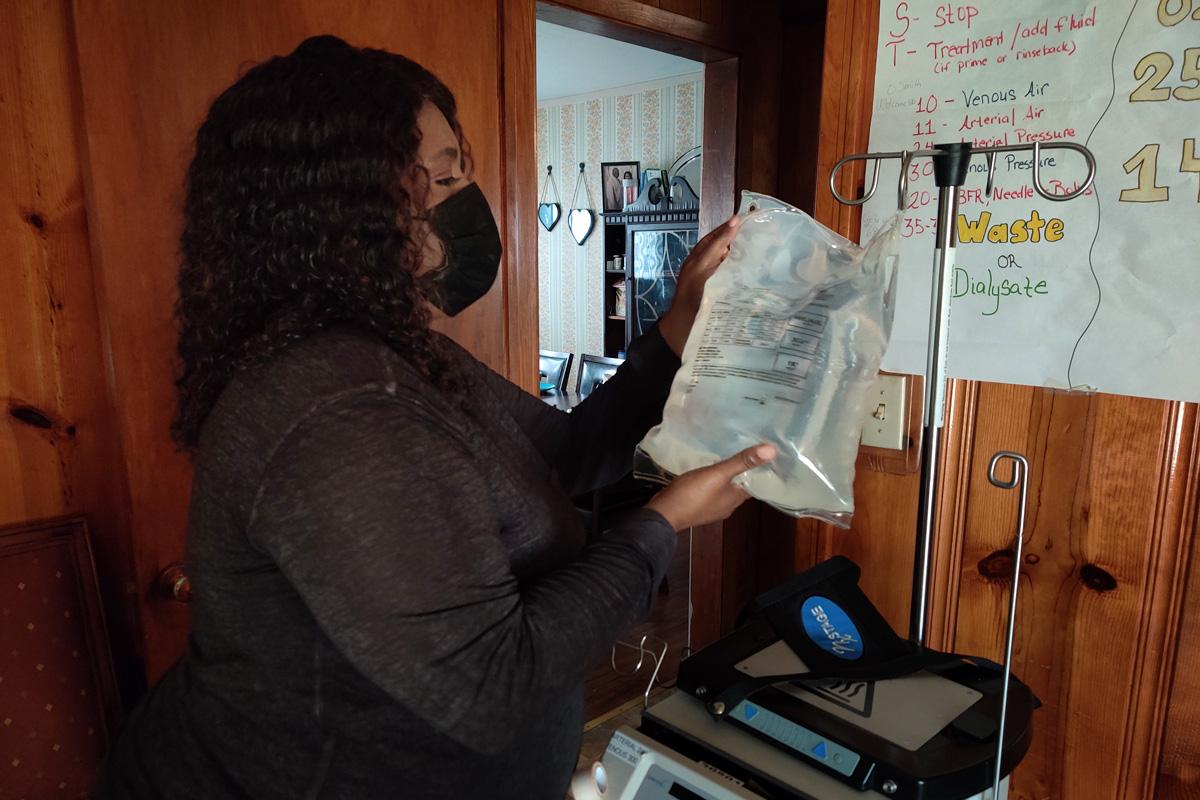 Tamiko Smith with dialysis bag