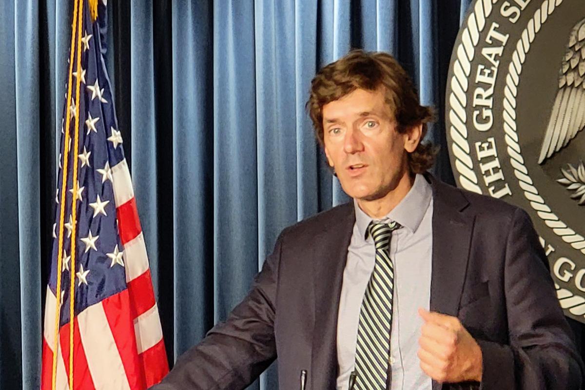 Dr. Thomas Dobbs speaking at podium